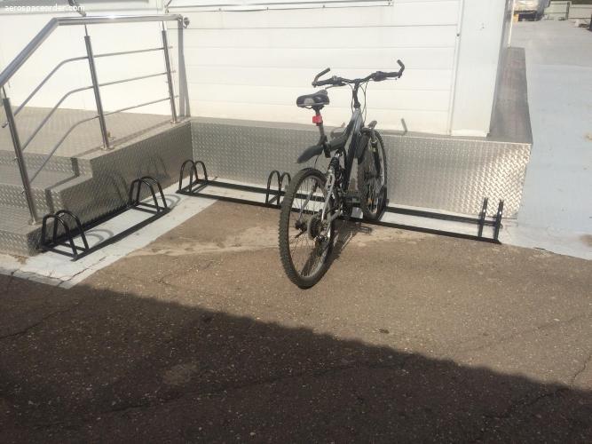 Парковка на 2 велосипеда новая