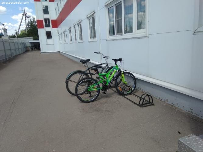 Парковка на 4 велосипеда новая